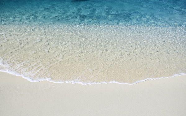 Beach - Apple Wallpaper