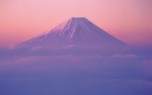 Mt. Fuji - Apple Wallpaper