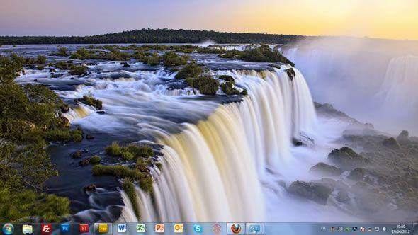 Capture d'écran - Chûtes d'eaux, thème visuel officiel Windows 7